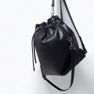 NWOT, Zara Convertible Bucket Bag